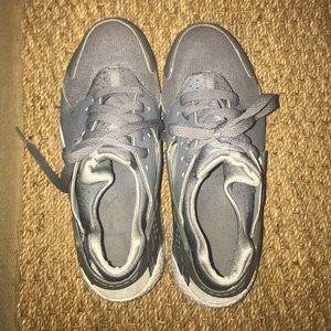 All grey Huaraches Shoes